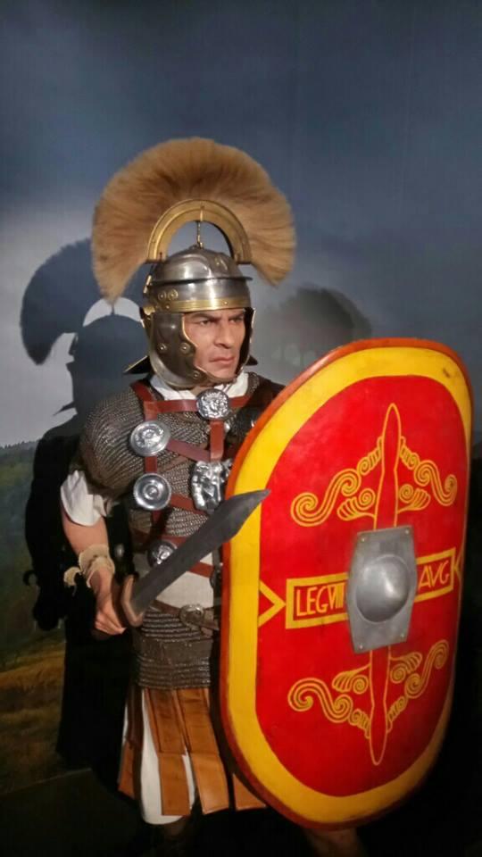 Centurion de la Légion VIII Augusta réalisé par l'association